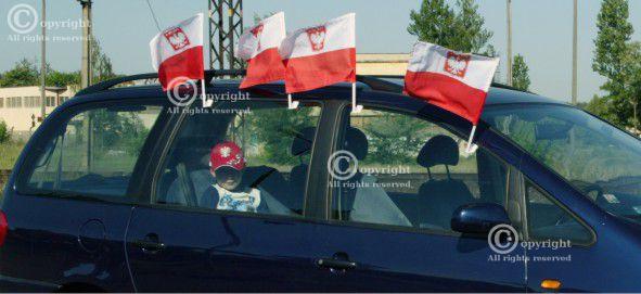 Inne rodzaje Flaga z mocowaniem na samochód, rower - wzór 1 - Pamiatki-kibica CV58